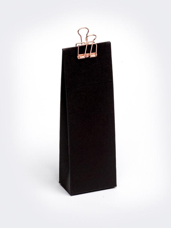 Zwart hoog tasje met klep om zelf te vullen